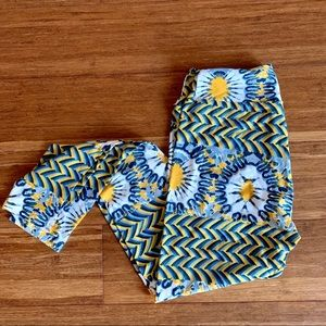 NEW lularoe sunflower leggings